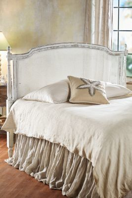 Beautiful Soft Rustic Style Bedding For Your Farmhouse Or Cottage