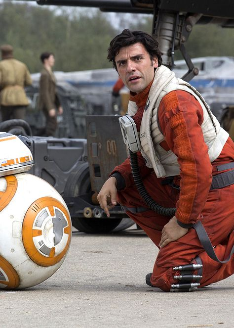 BB-8 and Poe Dameron - The Force Awakens