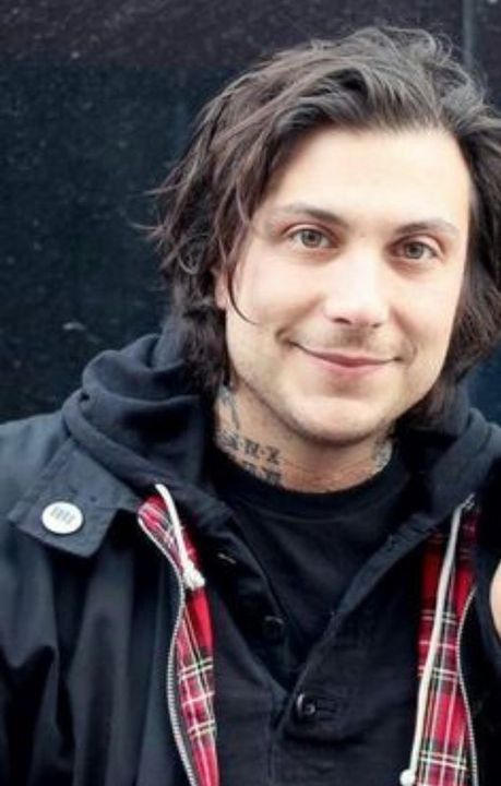 Unholy Pictures Of Frank Iero Frank Iero, My Chemical Romance Members, House Music Songs, I Fall Apart, Memphis May Fire, Austin Carlile, Chris Tomlin, Mikey Way, Bob Seger