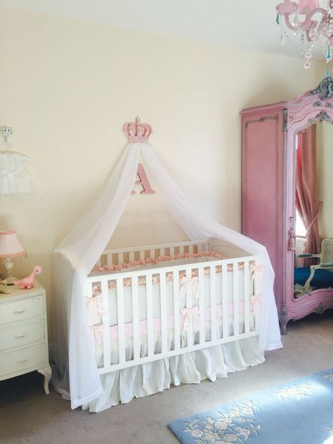 Fallen girl dreams in the nursery: Princess Cots Princess Cots girls pink nursery cot canopy white bed princess crown OKULHLH