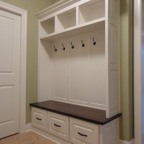 Maple Built-In-Cabinet Designs For Every Mudroom | Design Ideas on ...