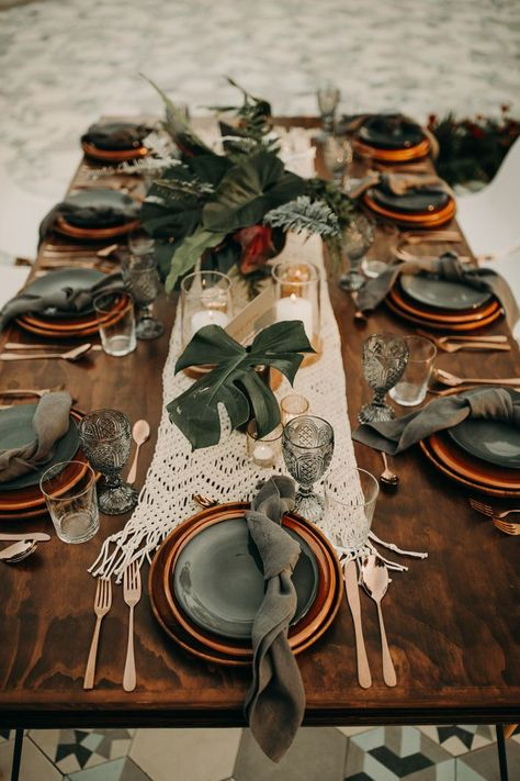 This Moody Tropical Wedding at Acre Baja Plays Up the Gorgeous Natural Surroundi. - This Moody Tropical Wedding at Acre Baja Plays Up the Gorgeous Natural Surroundings Tropical Vibes, Tropical Decor, Tablescapes, Farmhouse Decor, Farmhouse Ideas, French Farmhouse, Fall Decor, Outdoor Weddings, Romantic Weddings