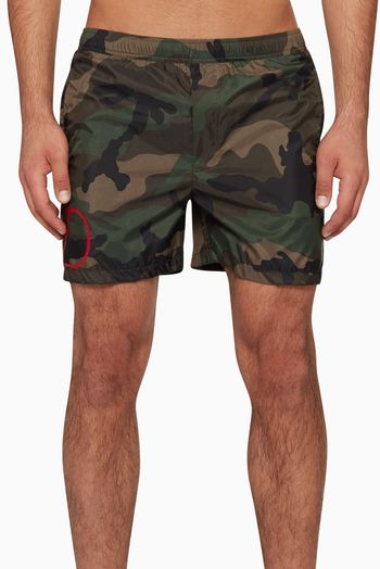 فالنتينو شورت سباحة بطبعة مموهة وشعار الماركة فساتين فستان اسعار ماركات عالمية فخمة راقية Swimwear Fashion Trunks