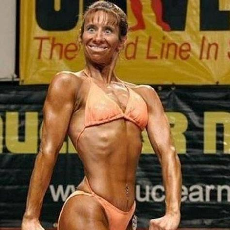 Not sure if this is a bodybuilding competition or a funny face competition. - Real Funny has the best funny pictures and videos in the Universe!