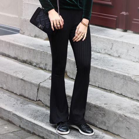 Legging wijde pijpen zwart, broek flared | Broek outfit