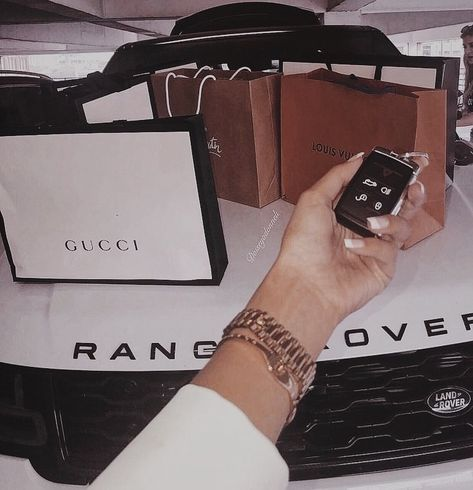 - Luxusleben - Mode, Wohnen, Reisen, Trends alles was das Le. Boujee Lifestyle, Wealthy Lifestyle, Luxury Lifestyle Fashion, Billionaire Lifestyle, Boujee Aesthetic, Bad Girl Aesthetic, Bad And Boujee, Luxe Life, Rich Girl