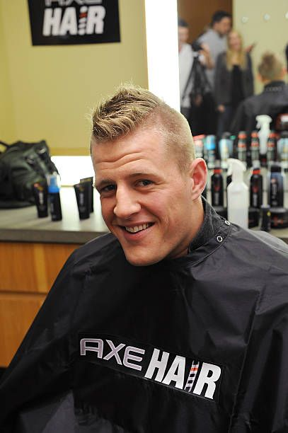 Hair Hooked Defensive End J J Watt Up With An Extreme Spiked Up Axe Hair Products J J Watt Hair