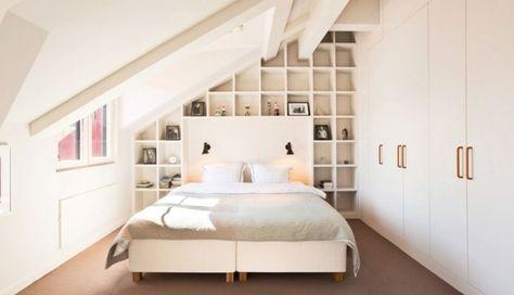 schlafzimmer dachschräge kleiner raum weiß regalwand Zukünftige