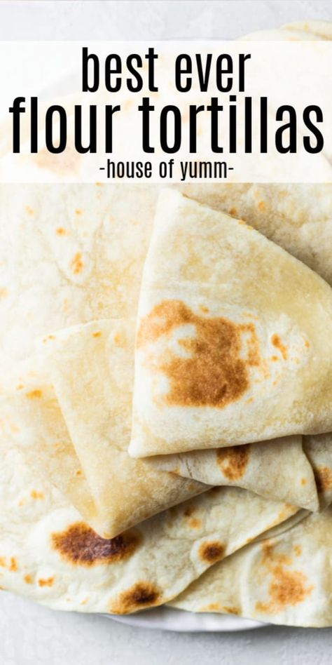 These flexible, soft and tender tortillas are the PERFECT homemade tortilla! This recipe is easier than you may imagine and needs only 4 ingredients! Recipes With Flour Tortillas, Homemade Flour Tortillas, Healthy Flour Tortilla Recipe, Mexican Tortilla Recipe, Tortilla Bread, Corn Tortilla Recipes, Flour Recipes, Bread Recipes, Vegan Recipes