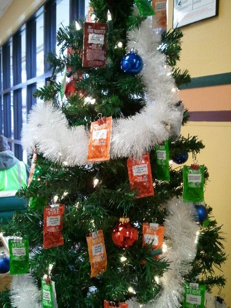 Interesting idea for a Taco Bell tree. | Christmas Lights ...