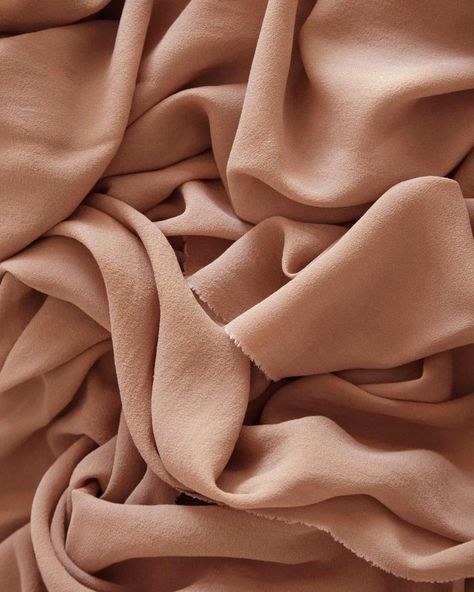 Rose Gold Textile Tono + co Classic Silk Textile in Rose Gold. Perfect for styling, tabletop design, detail work, or Cream Aesthetic, Brown Aesthetic, Texture Photography, Flat Lay Photography, Fabric Photography, Pattern Photography, Fabric Textures, Textures Patterns, Textile Texture