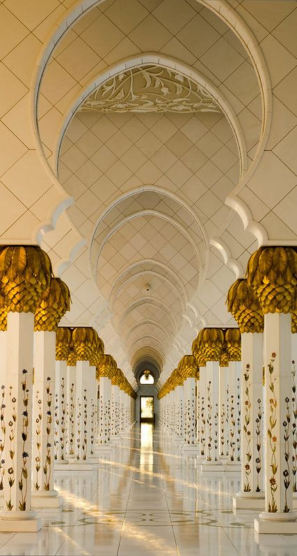 """The Pillars - The Grand Mosque"", Abu Dhabi, United Arab Emirates (by julian john) Beautiful Islamic Quotes, Beautiful Mosques, Mosque Architecture, Art And Architecture, Ancient Architecture, Abu Dhabi, Cultura Judaica, Most Beautiful, Beautiful Places"