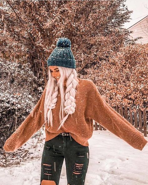 For when you want to look cute while it's snowing Cute Winter Outfits, Cute Casual Outfits, Outfits For The Snow, Teen Fashion Outfits, Teenage Outfits, Teen Fall Outfits, Looks Teen, Jugend Mode Outfits, Aesthetic Clothes