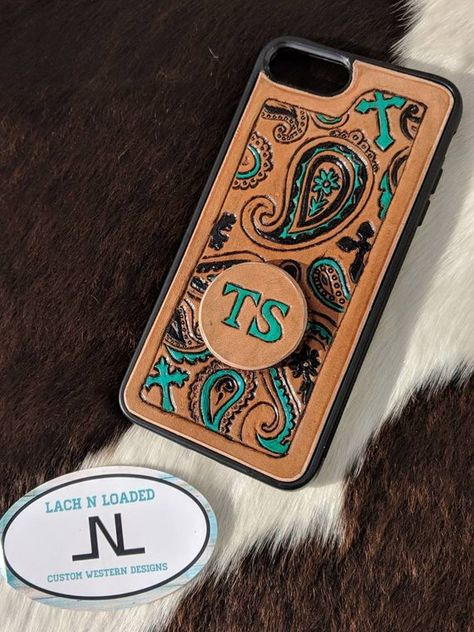Custom Tooled Leather Phone Case with Paisley and Crosses - Leather Tooling - Phonecases Diy Phone Case, Iphone 6 Plus Case, Iphone Phone Cases, Iphone 11, Leather Tooling, Tooled Leather, Leather Carving, Paisley, Iphone Leather Case