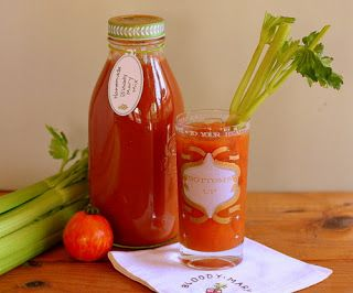 The Unusual Farmchick: Canning Bloody Mary mix