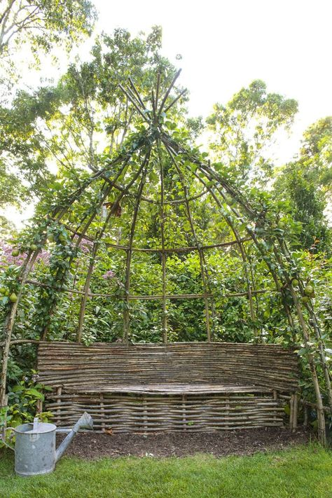 twenty four best DIY garden trellis ideas & designs: create easy cucumber trellis, veggie teepee, beautiful vine emparrado, plant screen, & veg garden structures! Moss Garden, Diy Garden, Garden Trellis, Garden Projects, Garden Art, Flowers Garden, Bamboo Garden Ideas, Cool Garden Ideas, Smart Garden