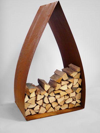 Magazin für Holz: Die stilvolle und funktionale Brennholzlagerung für Heim und Garten