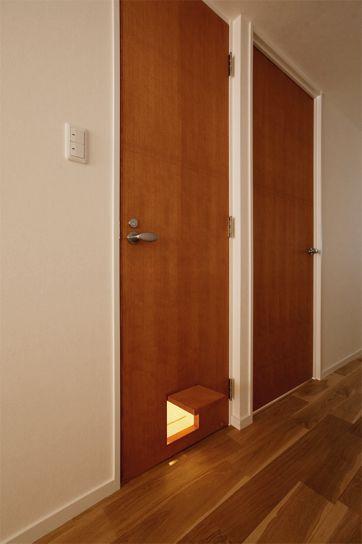 リフォーム リノベーションの事例 造作建具 ドア ペット 施工事例no 242愛猫も家族も心地よく暮らせる家 スタイル工房 家 カリフォルニア風インテリア ロフト設計