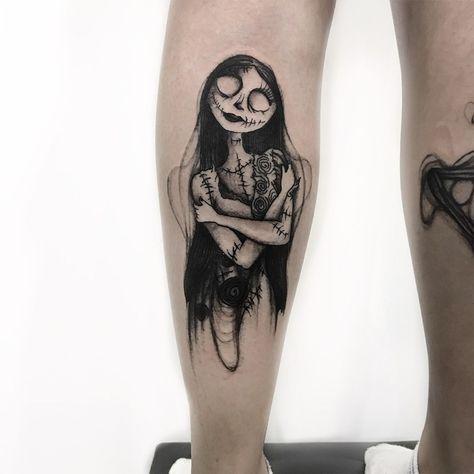 Tatuagem criada por Renan Gonçalves (marvininspaces) de São Paulo.    Noiva Cadáver.
