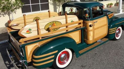 DO YOU LIKE VINTAGE? — 1950 Chevy Woody Pickup