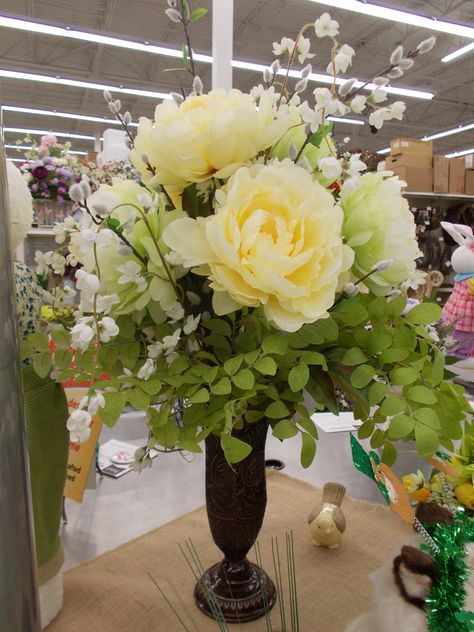 Love the pale Yellow and Green Peonies Sherrie