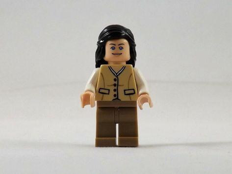 LEGO INDIANA JONES 7625 Marion Ravenwood Minifigures New