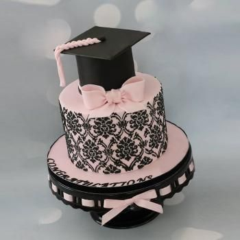 Cograts Graduation Cakes For Girls Graduation Cake Ideas Graduationcakes Graduationcakeideas Cakes Girls Graduation Cake Girl Cakes Graduation Cake Designs