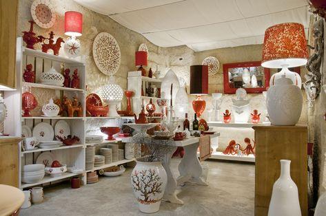 Camera Matrimoniale A Grottaglie.Enza Fasano S Beautiful Showroom Of Handmade Ceramics In