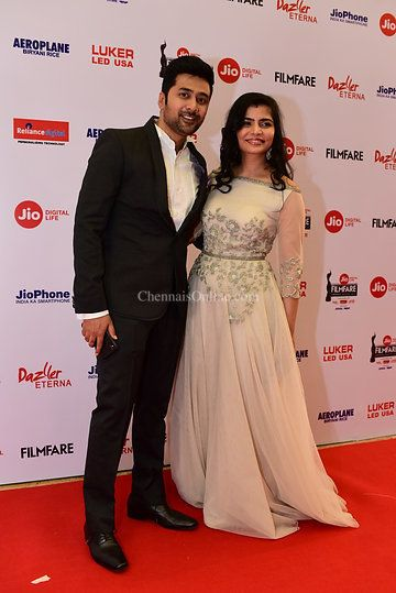 Photo from jio filmfare award 2018 collection by Newspapers