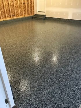 Epoxy Floor In Dark Grey Flake For Garages Basements Recreation Rooms Home Office Gyms Residential And Commercial Free Epoxy Floor Garage Floor Flooring