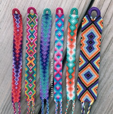 #handmade #diy #summer #summerstyle #2020 #2020trends #vsco #vscocam #bracelet #jewelrymaking #color #colorful