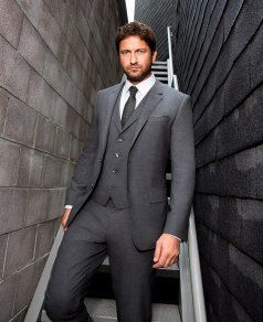 Gerard Butler Stars In Boss Bottled Campaign For Hugo Boss Best Suit Brands Cool Suits Stylish Mens Fashion