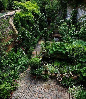 Garden Landscaping Ideas Railway Sleepers Although Urban Gardening Detroit Documentary Through Ga Courtyard Gardens Design Small Courtyard Gardens Urban Garden