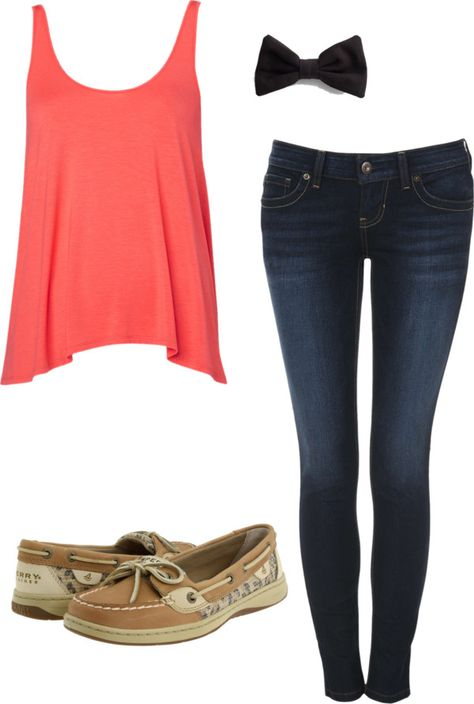 Cute spring outfit. Love the Spring outfit but the shoes... Not my thing.