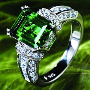 stunning emerald & diamonds