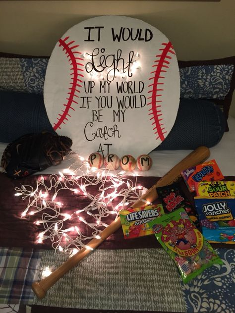 Proposals Ideas baseball Promposal Ideas: Cute Ways to Ask Someone to Homecoming or Prom Fun Promposal Ideas Cute Homecoming Proposals, Formal Proposals, Homecoming Ideas, Prom Posals, Wedding Proposals, Marriage Proposals, Wedding Poses, Homecoming Signs, Wedding Ideas