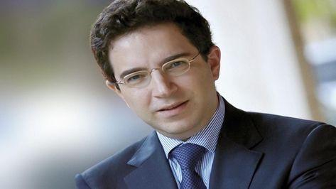 اللبناني ألكسندر نجار يفوز بجائزة الفرنكوفونية الكبرى In 2021 Writer Literary Publishing Company