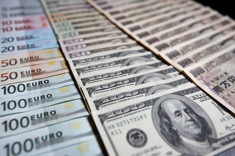 Currency Trading News Major Pairs Pivot Levels For Tuesday Ma