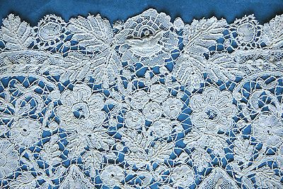 Antique/vintage Brussels Duchesse and Point de Gaze lace modesty panel