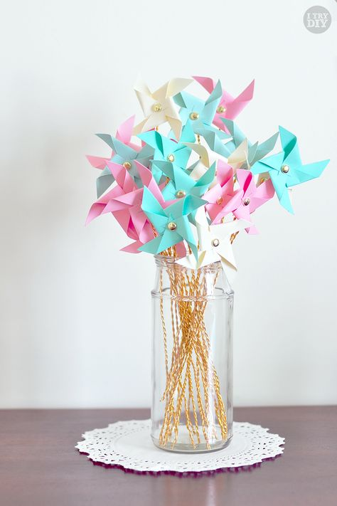 I Try DIY: Mini Pinwheel Bouquet