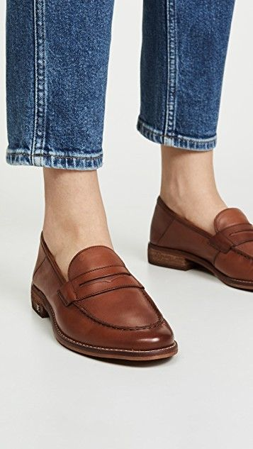 Loafers, Penny loafers, Flat shoes outfit