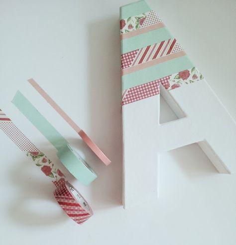 Letras decoradas con washi tape: Personaliza los rincones de la casa y hazla más acogedora.