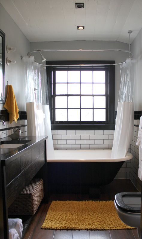 Farmhouse Bathroom 180 Degree Renovation - Remodelaholic | Remodelaholic