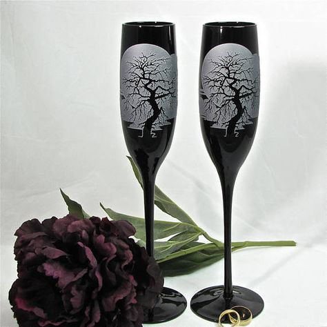 NEW 2 Black Spooky Tree Enchanted Forest Champagne Flutes