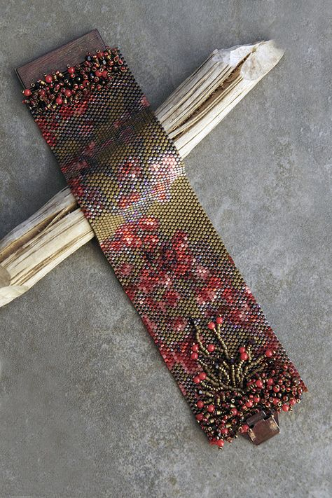 Boules rouges – patron sur Etsy – Calibijoux Boules rouges – patron sur Etsy – Calibijoux Source by haticeulker The post Boules rouges – patron sur Etsy – Calibijoux appeared first on Best Of Daily Sharing.Boules rouges--Like the embellis Peyote Beading, Beaded Bracelet Patterns, Jewelry Patterns, Beaded Bracelets, Beadwork, Peyote Stitch Patterns, Bead Loom Patterns, Beaded Jewelry, Wire Earrings