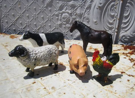 Set Of Cast Iron Painted Farm Animals Metal Barnyard Friends Metal Figurines Animals Cast Iron