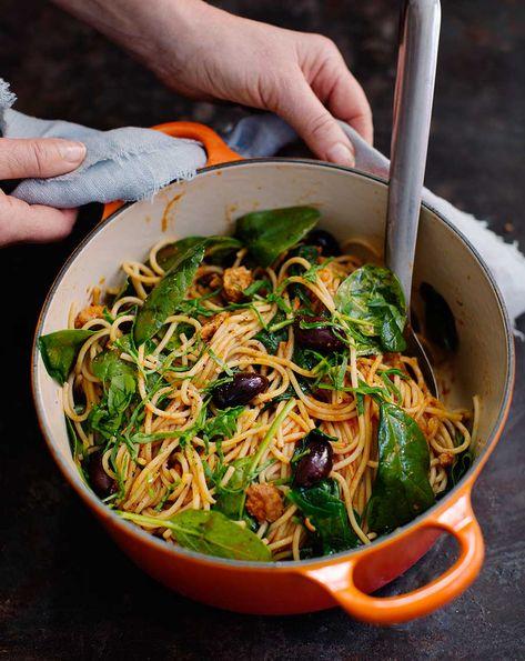 pasta med makrill i tomat