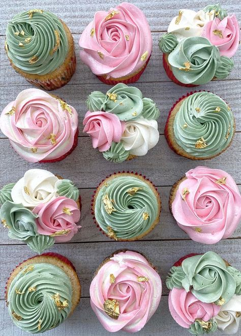 Floral Cupcakes, Fancy Cupcakes, Pretty Cupcakes, Yummy Cupcakes, Birthday Cupcakes, Elegant Cupcakes, Green Cupcakes, Wedding Cupcakes, Buttercream Cupcakes
