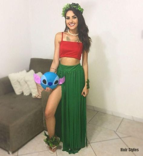 Have a quick look at the best Halloween Costumes for Women which can easily be DIYed. From BFF Halloween costumes to easy peasy & cute Halloween costumes.