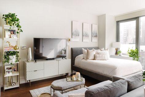 Apartment Room, Apartment Furniture, Apartment Inspiration, Small Studio Apartment Decorating, Studio Apartment Furniture, Studio Apartment Decorating, Studio Apartment Design, Cozy Studio Apartment, Apartment Interior